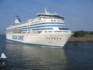 How Does a Cruise Ship Float?