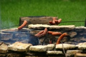 How to Build a Natural Stone Fire Pit (or Where to Buy One)